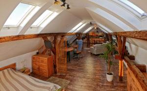 Tetőtér beépítás tetőablakokkal a photobalance stúdióban